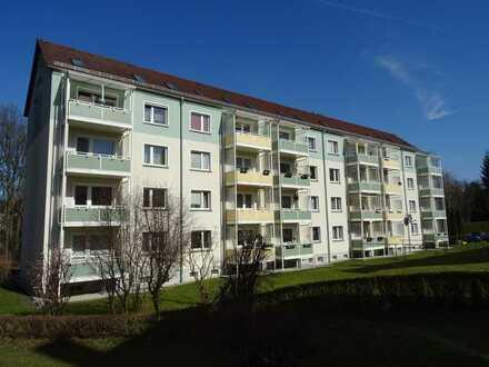 ***helle, freundliche 4-Raum Wohnung in Falkenau mit Balkon***