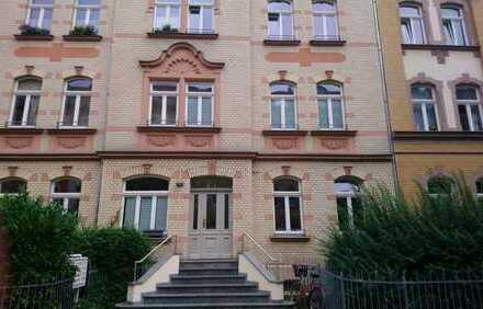 attraktive 2 Raum Wohnung mit Balkon, PKW-Stellplatz möglich