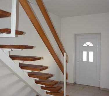 Attraktive 4-Zimmer-Maisonette-Wohnung zur Miete in Egeln