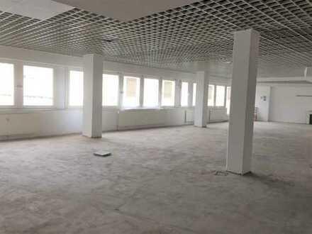 Büro-Loft? Über 500 qm Praxis/Büroetage in der Fußgängerzone mit über 100qm Dachterrasse