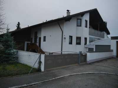 Schöne, geräumige vier Zimmer Wohnung in Gaimersheim, Kreis Eichstätt