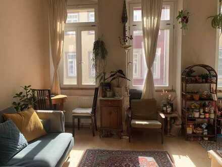 Gemütliche Wohnung mit zwei Räumen und Einbaukche in Heidelberg Altstadt