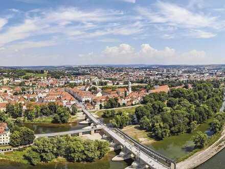 Ihr neues Zuhause im Park! Phantastische 4-Zimmer-Wohnung in Regensburg