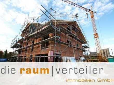 Neubau: schlüsselfertige Doppelhaushälfte mit hochwertiger Ausstattung und fantastischem Bergblick