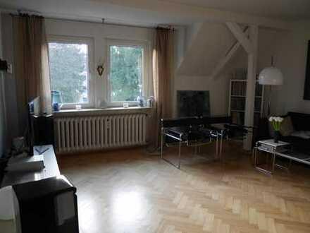 Schöne vier Zimmer Altbauwohnung in Essen, Holsterhausen
