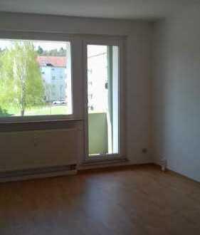 Bild_*sanierte 2 Zimmer Wohnung in ruhigem Umfeld*