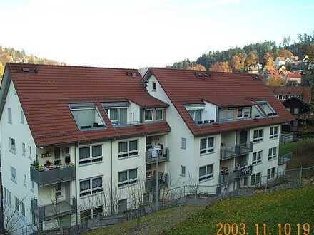 Ruhige Dachgeschoßwohnung im Zentrum von Altensteig