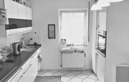 **4-Zimmermaisonettewohnung in zentraler Lage**