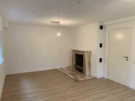 Vollständig renovierte 3-Zimmer-Wohnung mit Balkon in Sankt Augustin