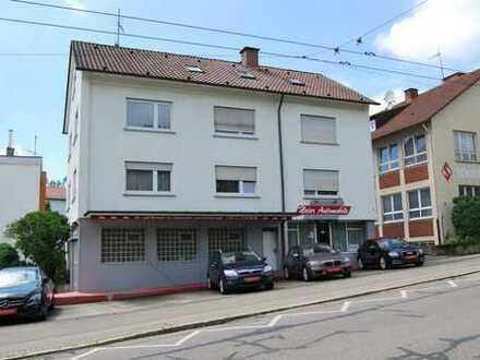 **Kapitalanleger und Eigennutzer aufgepasst- Mehrfamilienhaus mit Gewerbe in Ober-Esslingen**