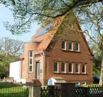 Stadtnahes, ruhiges Familienhaus im Grünen/ Hamburg- Bergedorf/Courtagefrei