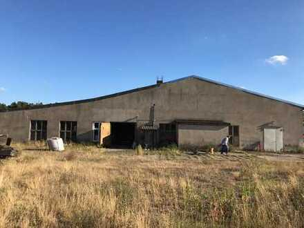 Gewerbegrundstück in Glöwen mit Lagerhalle und Bestandsobjekt - ideal für Photovoltaikanlagen