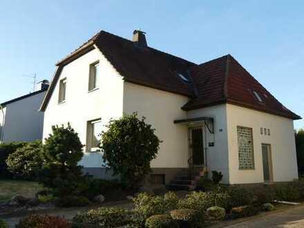 Einfamilienhaus (ohne Provision) mit zusätzlichem Baugrundstück in Top-Wohnlage