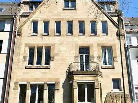 Altbaucharme vollmöblierte 4-Zi.-Wohnung mit Terrasse in D-Düsseltal