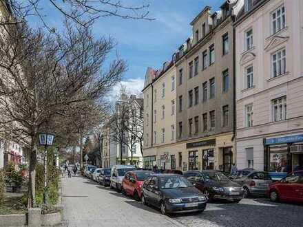 Wunderschöne, gemütliche und helle 2 Zimmer-Altbau-Wohnung mit Balkon in München-Neuhausen
