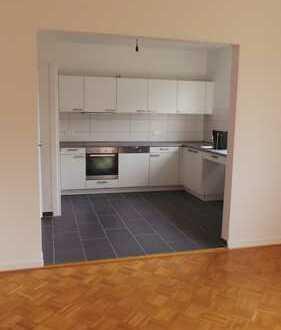 Schöne 2-Zimmer Wohnung mit Balkon in Altbremer Haus in Schwachhausen zu vermieten