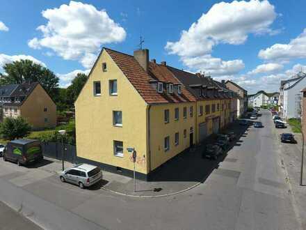 Solides 3-Familienhaus mit Entwicklungspotenzial
