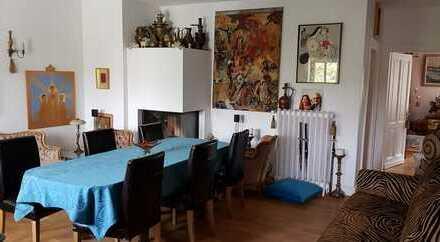 4-Zimmer-Paradies mit grosser Dachterasse, Innen- und Aussenkamin in Duissern