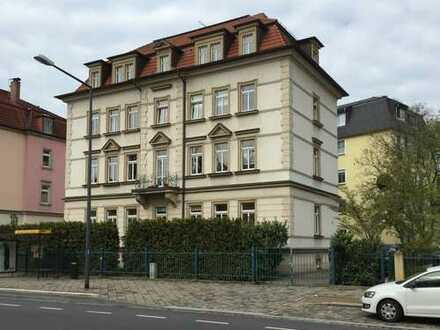 Schöne, geräumige zwei Zimmer Wohnung in Dresden, Striesen-Ost