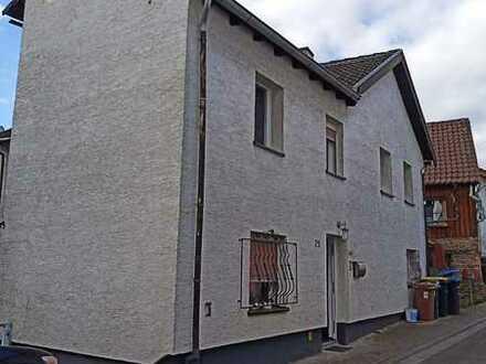 ++Reserviert++ Freundliches 4-Zimmer/Küche/Bad-Einfamilienhaus in Rüdesheim, Rüdesheim