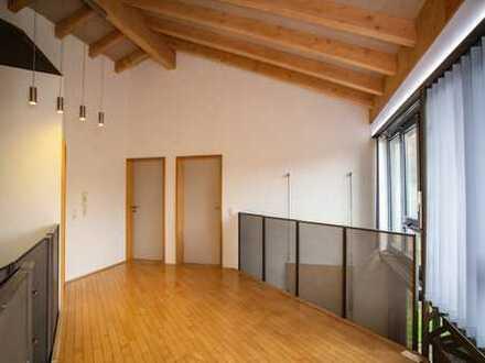Eine Wohngalerie zum Verlieben. Architektenhaus mit viel Platz und Charisma!