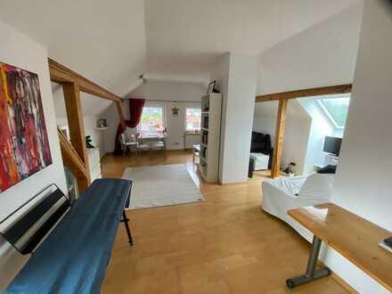 Gemütliche 2-Zimmer-Dachgeschoss-Wohnung in Zentrumsnähe