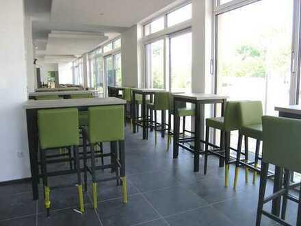 Gewerbliche Ladeneinheit als Eiscafé und Tagescafé/Bistro nutzbar