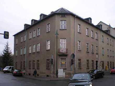 Großes Verwaltungsgebäude im Herzen von Neustadt - NUR 157 €/m² !!!
