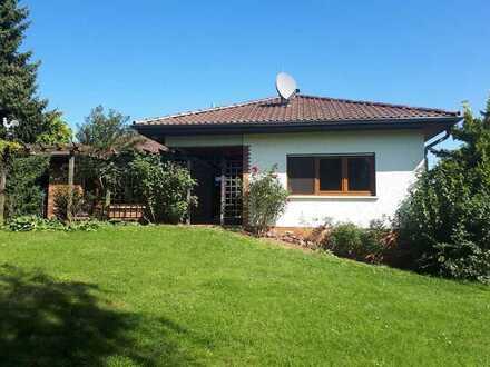 Komfortables Einfamilienhaus auf traumhaftem Gartengrundstück