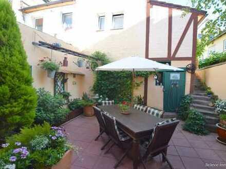 Charmantes Stadthaus in zentraler Lage - auch ideal zum Wohnen & Arbeiten unter einem Dach!