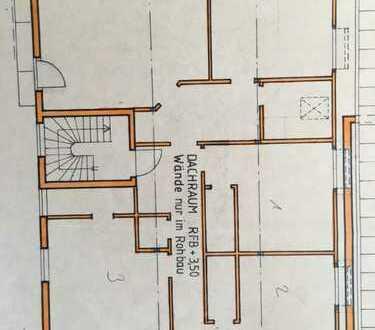 Erstbezug nach Sanierung mit Einbauküche und Balkon: ansprechende 5-Zimmer-Wohnung in Wiesensteig