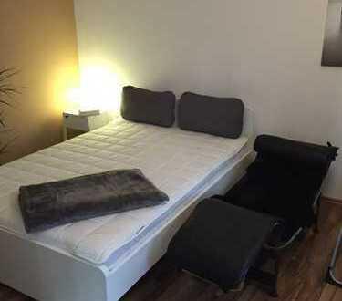 Möblierte 1-Zimmer Wohnung mit separater Küche in München, Schwabing-West