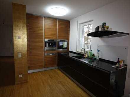 TOP 3-Zimmer-Dachterrassenwohnung * hochwertige Ausstattung * barrierefrei