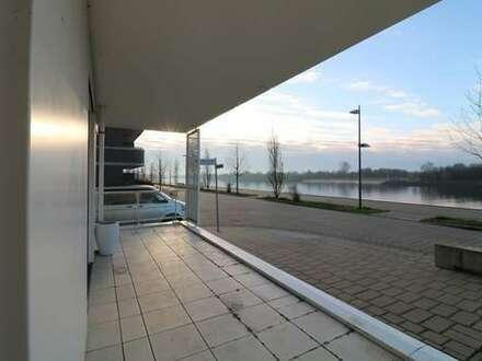 Direkter Blick auf die Weser - gut geschnittene 2 Zimmer Wohnung