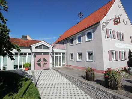 ***Klasse Landgasthof mit großem Saal, Parkplätzen und großer Wohnung!!!***
