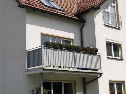 Frei werdende Eigentumswohnung + Keller + PKW Stellplatz + Balkon