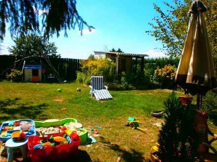 Feldrandlage… sonniges Einfamilienhaus 85 m² Wo. + 100 m² Fl. mehrere Räume....