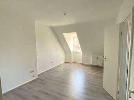 ***Neu renovierte 2-Zimmer Wohnung ab sofort bezugsfrei***