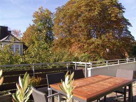 NÄHE AUMEISTER – ENGL. GARTEN Großzügige Penthouse-Wohnung  mit Dachterrasse & Gestaltungsfreiraum