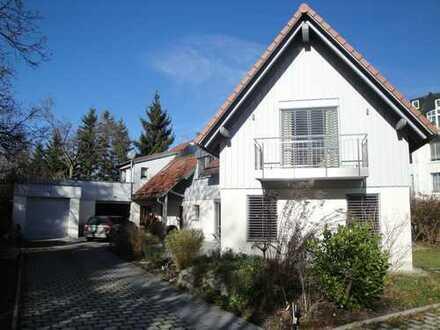 Ein-/Zweifam. Haus * Garten * Garage+ 3 SP * 3 Terrassen * zentral+ruhig * S-Bahn 3 Min. Fußweg