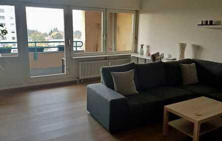 Renovierte, geräumige 3-Zimmer-Wohnung mit Balkon in Mannheim-Niederfeld.