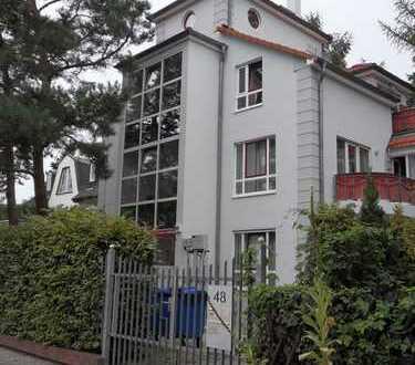 Helle 4-Zimmer-Wohnung in Lichterfelde-Ost