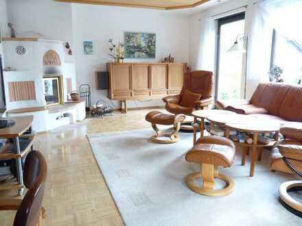 Ruhige, vollständig renovierte Wohnung im freistehendem Einfamilienhaus in Schondorf am Ammersee