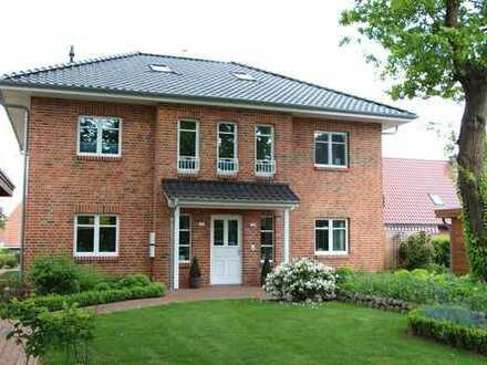 Neuwertige 3-Zimmer Wohnung in Stadthaus mit Balkon, Terrasse, EBK in Bordesholm