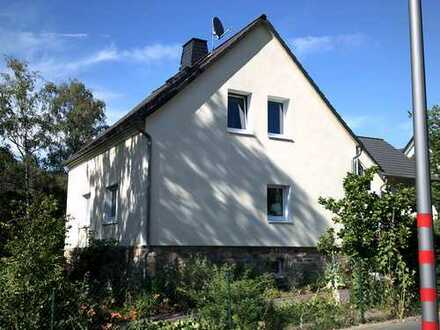Helles Haus mit vier Zimmern in Taunusstein-Neuhof