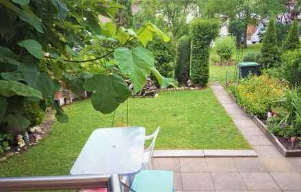 Gepflegte 3-Z. mit Terrasse, Balkon und Garten - direkt im Grünen!