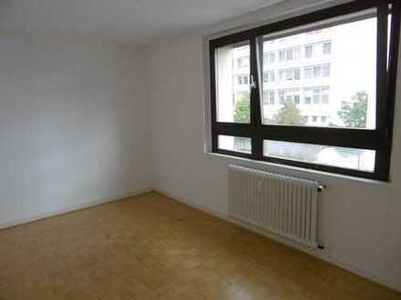 Komfortable 2-Zimmer-Whg direkt im Zentrum!
