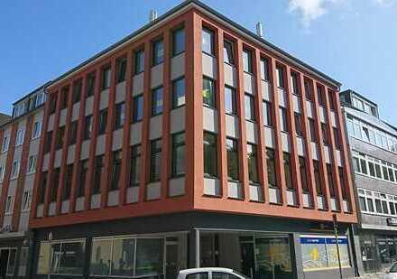 Erstbezug nach Sanierung mit EBK: freundliche 4-Zimmer-Wohnung in Kiel