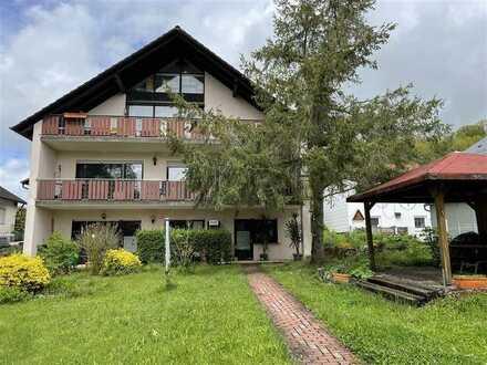3-Zimmer-ETW mit Wintergarten u. Studio, einmalige Fernsicht + gr. Garage+Garten - Top-Lage!
