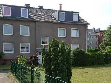Erstbezug nach Sanierung: freundliche 3-Zimmer-Wohnung in Duisburg-Großenbaum